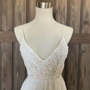 L'ATISTE Dresses - L'ATISTE Boho Lace Backless White Maxi Dress (S)